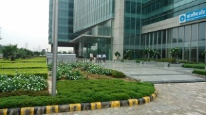 Medanta Commercial Center