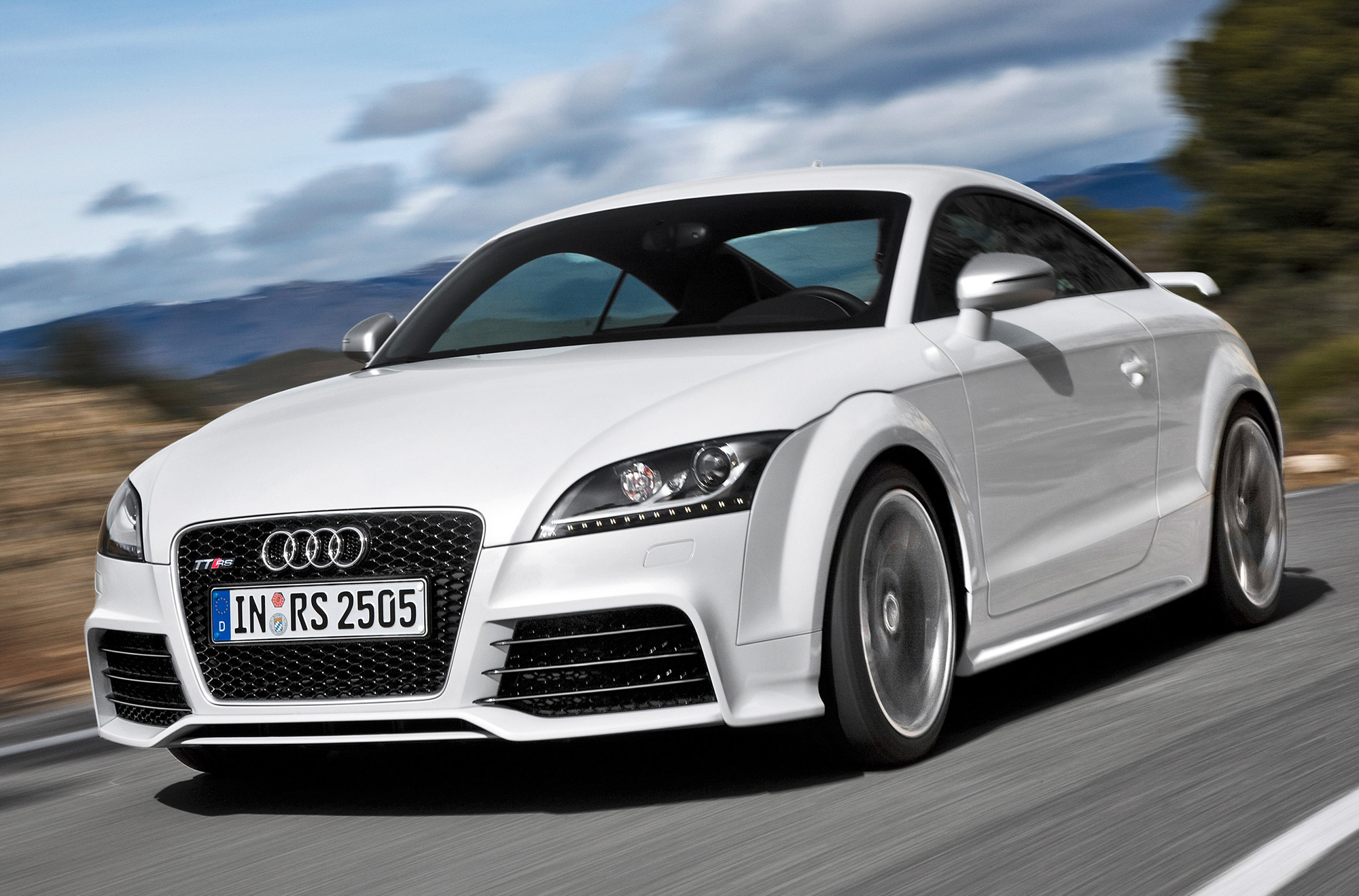 Audi Tt Named As The Best Connected Automobile