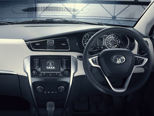 Tata-Zest-dashboard-and-steering-533x400