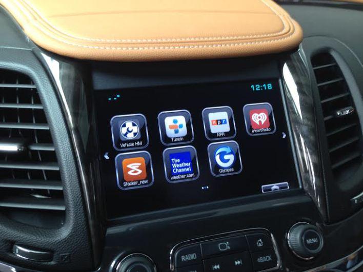 GM_Apple_Google_CarPlay_MyLink_Infotainment