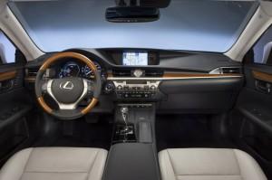 Lexus-ES-300h-infotainment-Enform-Remote