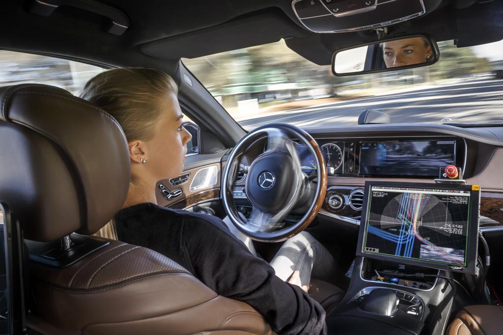 Mercedes Interior of Future