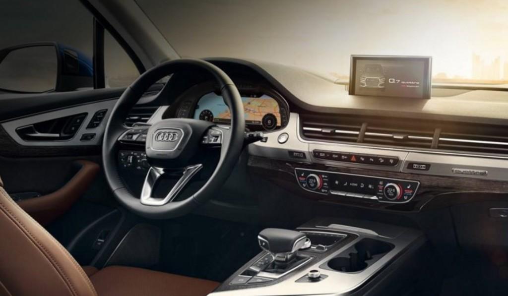 Audi_Q7_SiriusXM_connected_vehicle