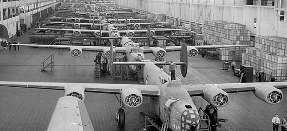 Willow-Run-B-24-Bomber-Production