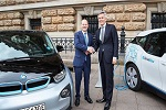City of Hamburg and the BMW Group sign MoU to  expand fleet of electrified DriveNow vehicles to around 550 by 2019